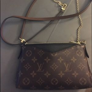 Louis Vuitton Pallas Clutch - LIKE NEW